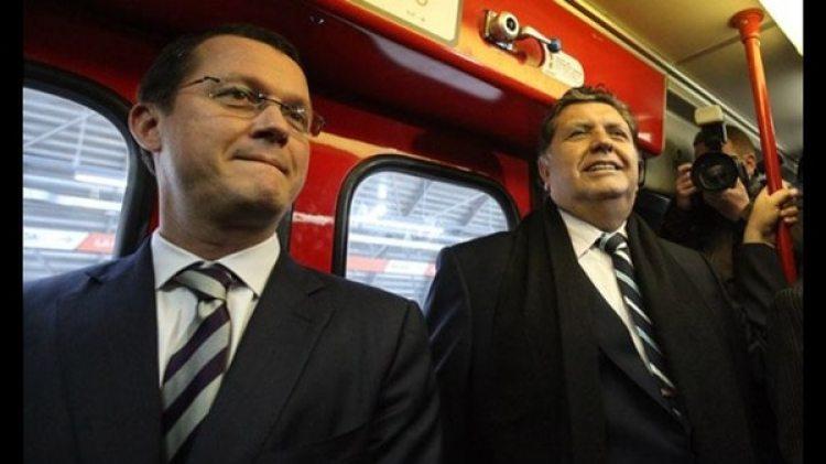 Jorge Barata y Alan García, en un viaje inaugural del Metro de Lima (foto: gentileza La República)