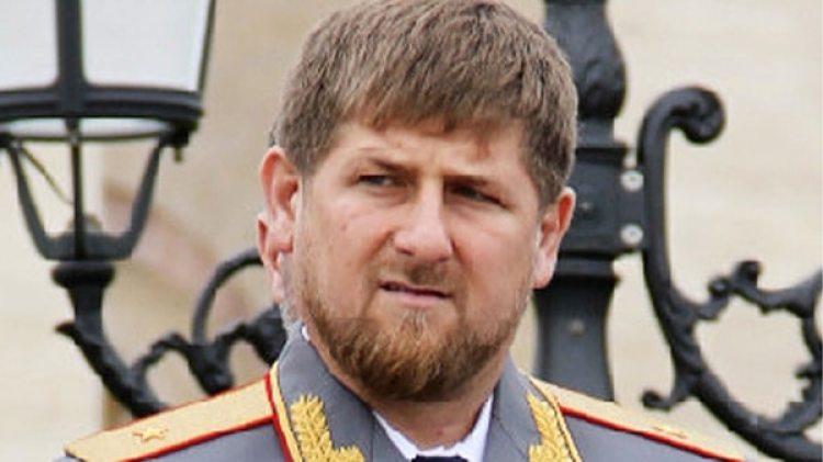 """Ramzan Kadyrov, presidente de la república rusa autónoma de Chechenia: su gobierno detuvo a más de cien personas por """"su orientación sexual no tradicional"""". Hay torturados y muertos"""