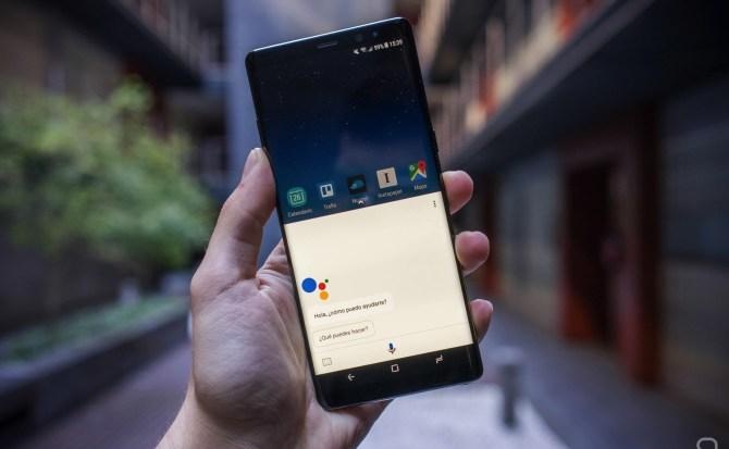 La versión en español de Google Assistant tiene todo lo necesario para plantar cara a Siri
