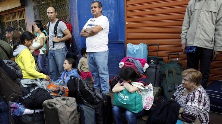 Se estima que unos 268 mil venezolanos están en Colombia de forma irregular. (Reuters)