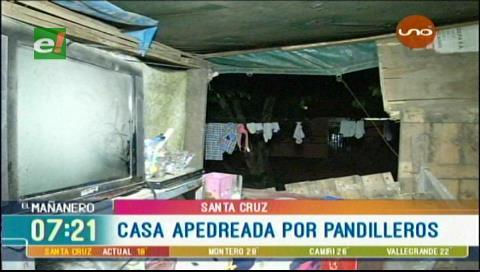 Santa Cruz: Pandilleros apedrean una vivienda