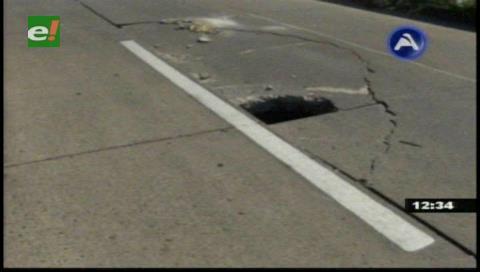 Reportan hundimiento de pavimento en la radial 13