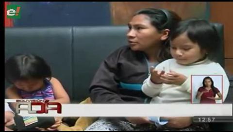 Mujer denuncia abandono luego que le ofrecieran un trabajo