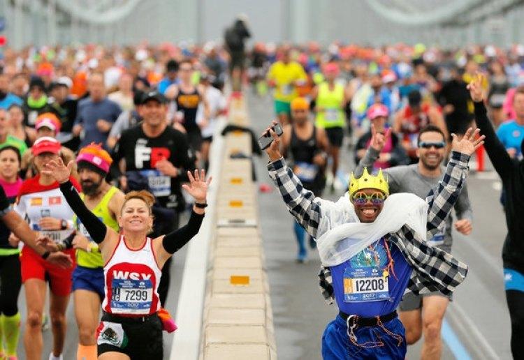 Más de 50.000 competidores participaronde la maratón (REUTERS)