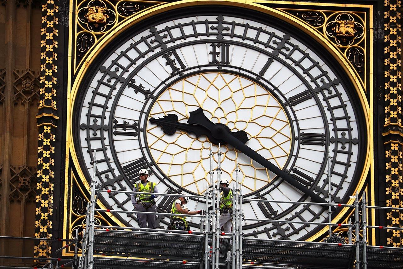 CONTRA RELOJ. Comenzaron los trabajos de renovación de la llamada Elizabeth Tower (Torre de Isabel) en Londres el 10 de octubre de 2017. El costo de reparar el Big Ben, la icónica torre del reloj del Parlamento de Gran Bretaña, se duplicó después de...