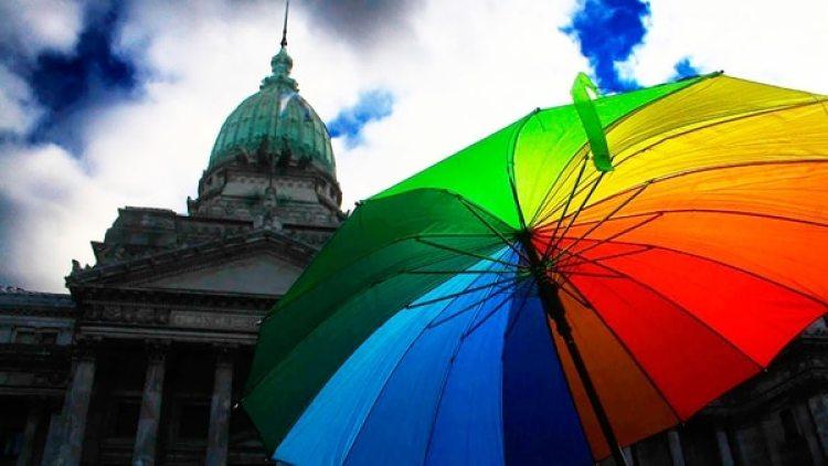 El matrimonio igualitario en Argentina fue aprobado durante la madrugada del 15 de julio del 2010