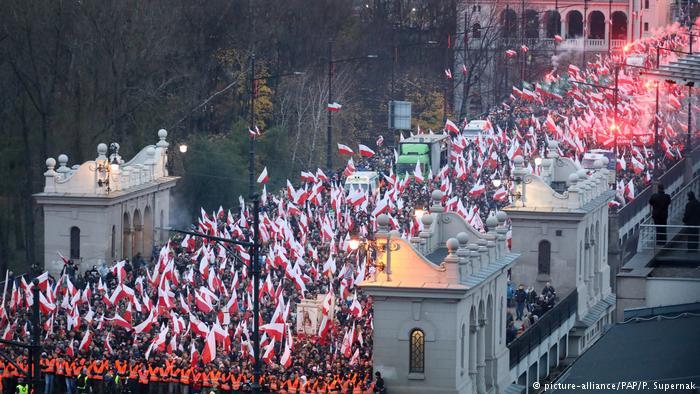 Polen | Demonstration polnischer Nationalisten am Unabhängigkeitstag (picture-alliance/PAP/P. Supernak)