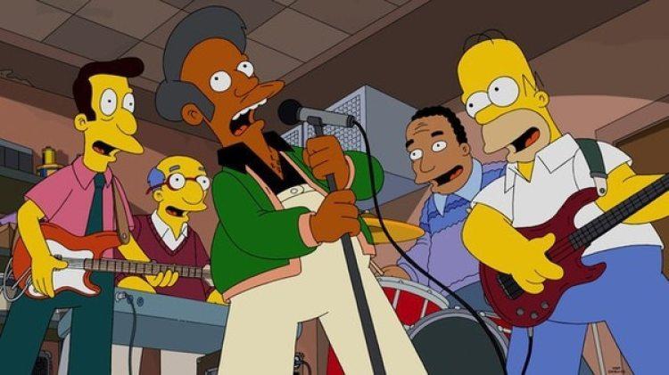 """Apu, junto con el doctor Hibbert, llevó la cuestión de las etnias a """"Los Simpsons"""". (Fox)"""