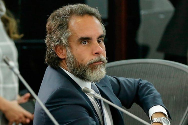 El senador Armando Benedetti es uno de los denunciados por la Fiscalía.
