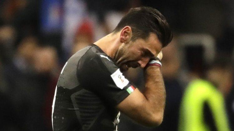 Gianluigi Buffon: el arquero italiano de 39 años se quedó sin chances de jugar su sexto Mundial (AP)
