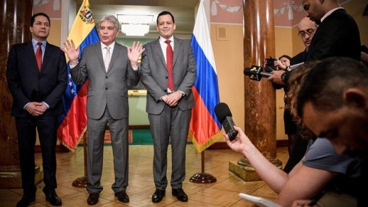 Wilmar Castro Soteldo en Sochi, tras firmar un acuerdo en materia de Defensa con Rusia (AFP)