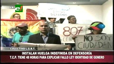 Comunidad LGTBI instala huelga de hambre en protesta contra la sentencia del TCP
