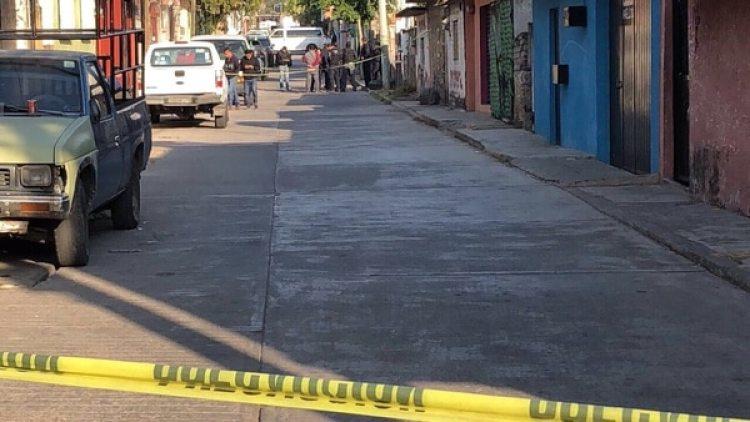 La policía acordonó el área del lugar.