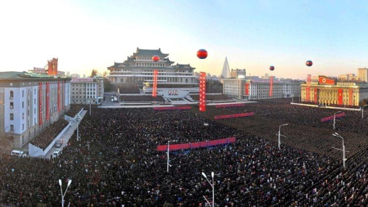 El régimen norcoreano celebró el éxito de su prueba misilística