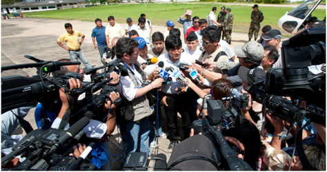 El presidente Evo Morales en un contacto con periodistas.