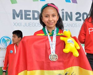 Resultado de imagen para La boliviana Anahí Mamani, de 13 años, ajedrez