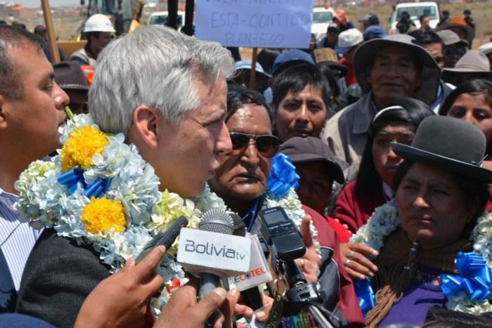 """Vice: Morales viaja en helicóptero porque no es """"vago"""" como los expresidentes"""