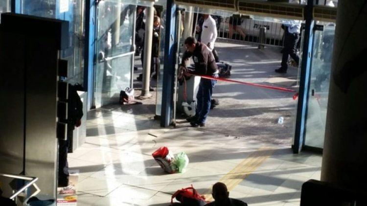 La puerta de entrada a la estación central de autobuses (Haaretz/Judy Maltz)