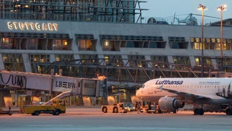 El avión debió aterrizar en el aeropuerto de Stuttgart