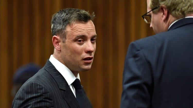 Pistorius protagonizó una pelea en la cárcel por el uso del teléfono público (Reuters)