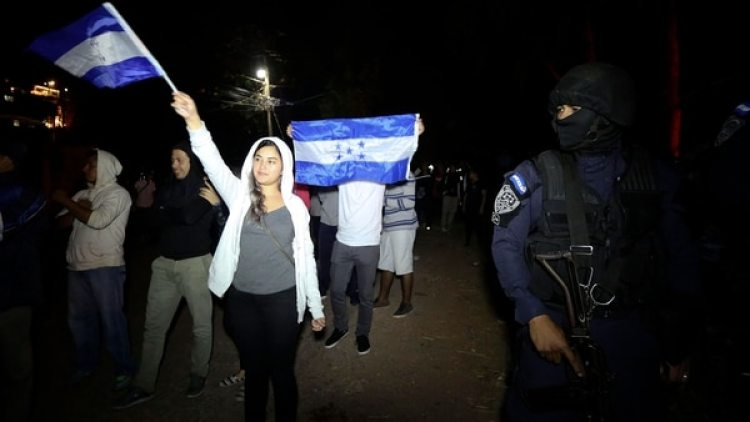 Protestas en las calles de Tegucigalpa. (EFE)