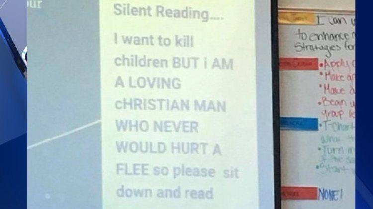 El mensaje proyectado por Kris Burghart durante una clase y que le costó su puesto como maestro en la Otho E. Stuart Middle School de Commerce City