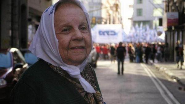 Resultado de imagen para Carmen Aguiar integrante de Madres de Plaza de Mayo
