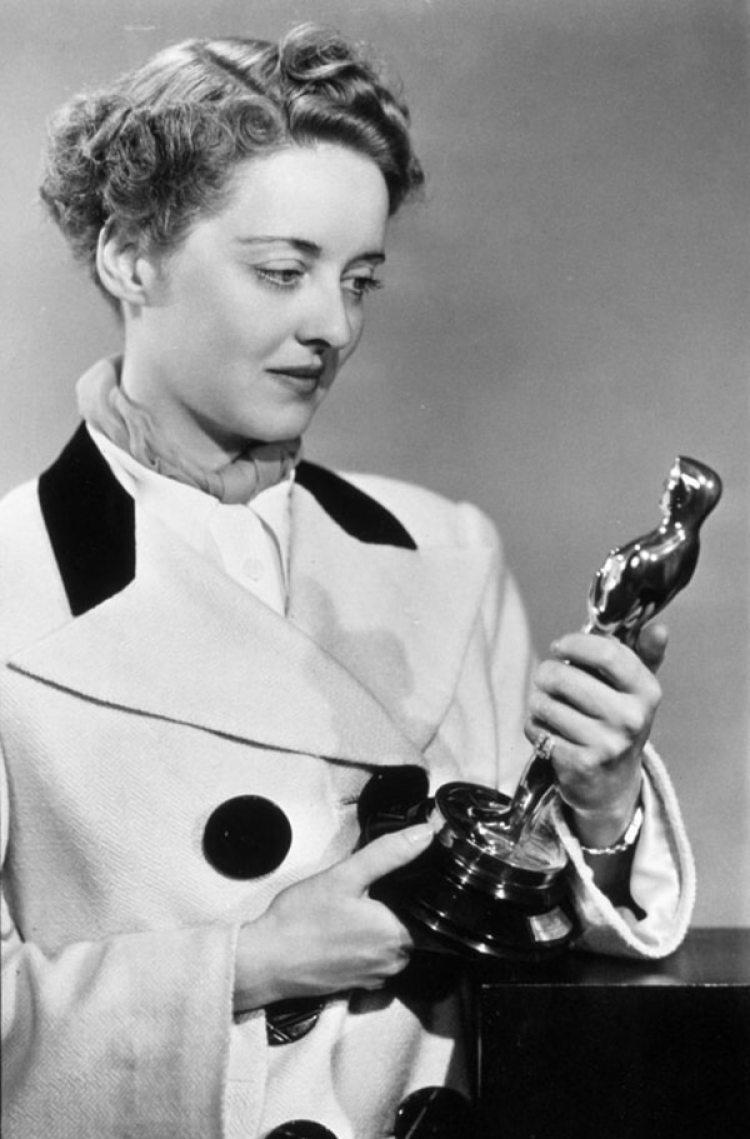Se quedó dos veces con un premio Oscar