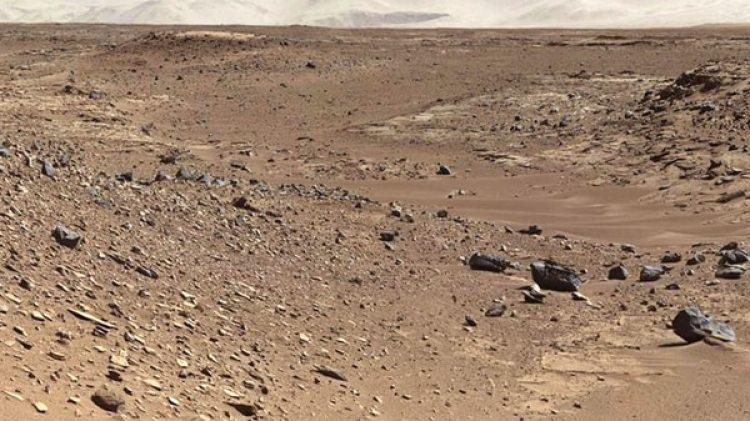 Según estos hallazgos, los basaltos presentes en Marte pueden albergar más cantidad de agua que los que se encuentran en nuestro planeta, por lo que esta podría estar enterrada bajo tierra