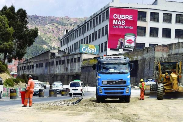 Gobierno y la ABC incumplen la entrega de 7 km de la Autopista