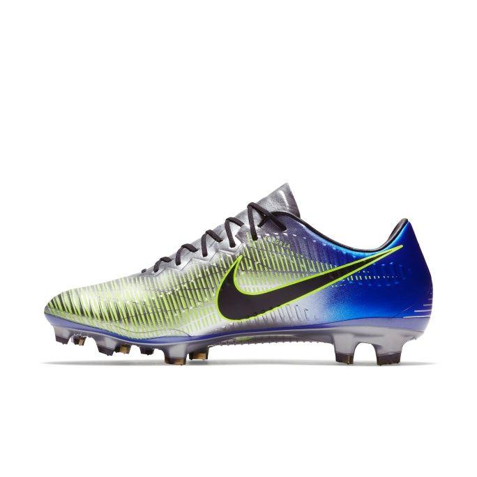 Los nuevos Mercurial Puro Fenómeno ya están disponibles desde hoy en la  tienda oficial de Nike en línea. d8a65766977ba