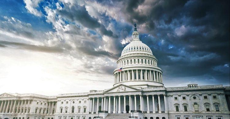 La reforma tributaria depende de un futuro Congreso que extienda el plazo de los recortes individuales luego de su vencimiento en 2026