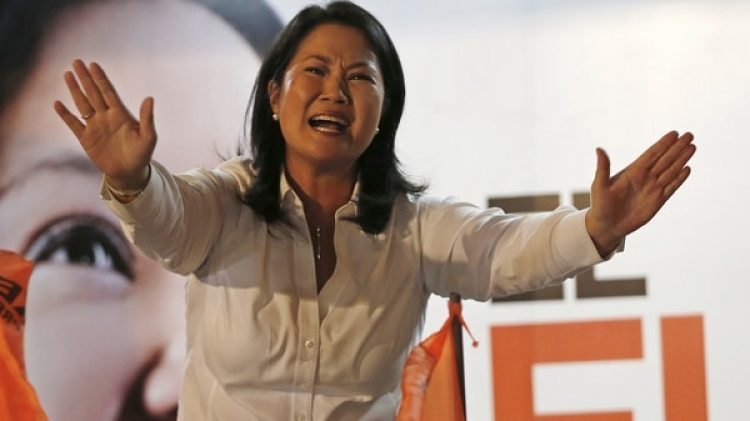 Keiko Fujimori, hija del ex presidente indultado y líder de Fuerza Popular (AP)