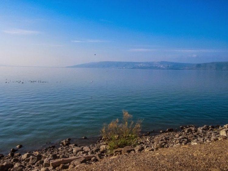 Vista panorámica del mar de Galilea