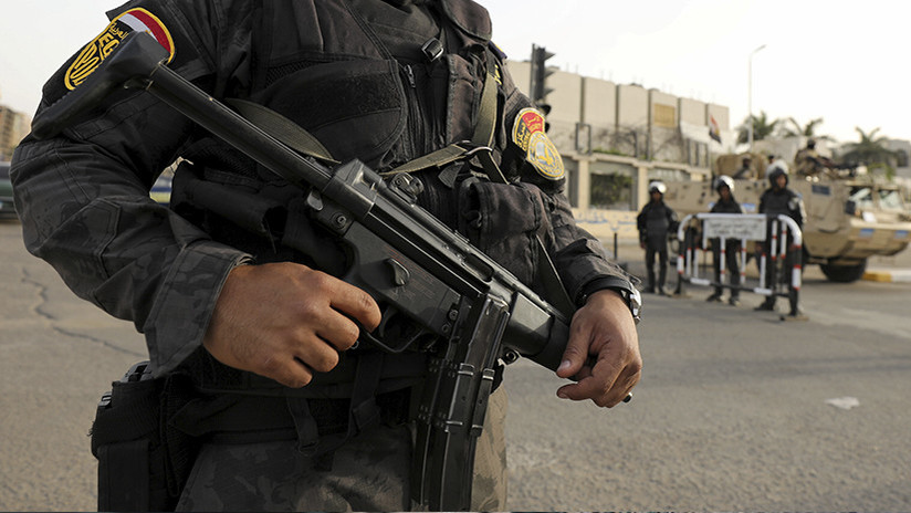 Egipto: Al menos 10 muertos tras un ataque en una iglesia copta cerca de El Cairo