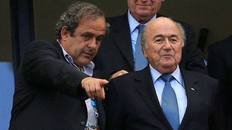 La FIFA sospecha que el pago pudo haber sido un soborno y por eso optó por la inhabilitación hasta que la Justicia Suiza se expida