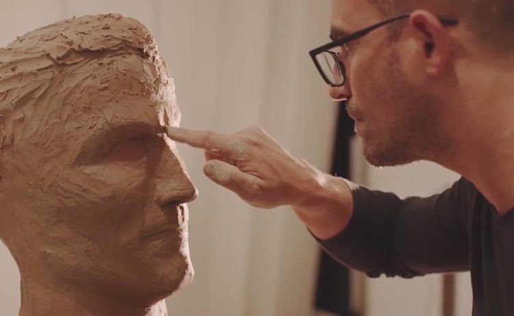 Santos ya realizó varias esculturas para la ciudad de Madeira