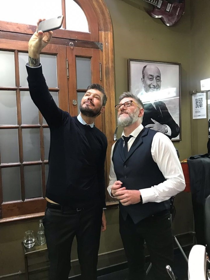 La selfie entre Tinelli y Novaresio.