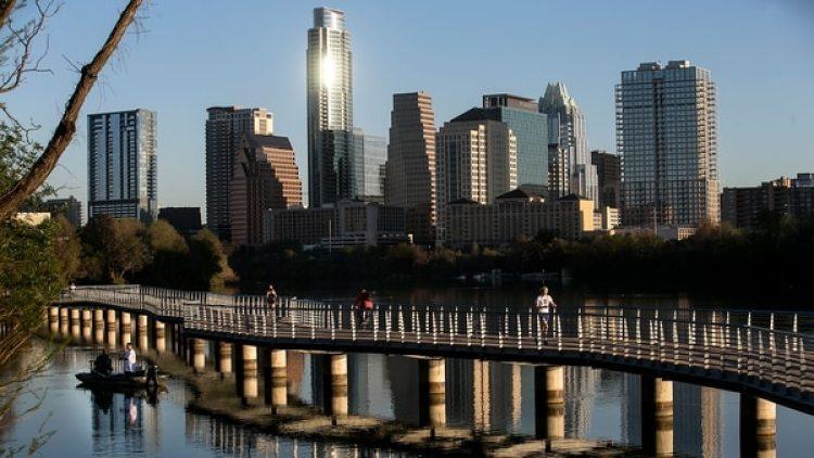 Austin fue la primera ciudad del estado en exigir una licencia por enfermedad pagada, que contó con la aprobación de una ordenanza municipal en febrero de este año, efectiva desde el próximo 1 de octubre