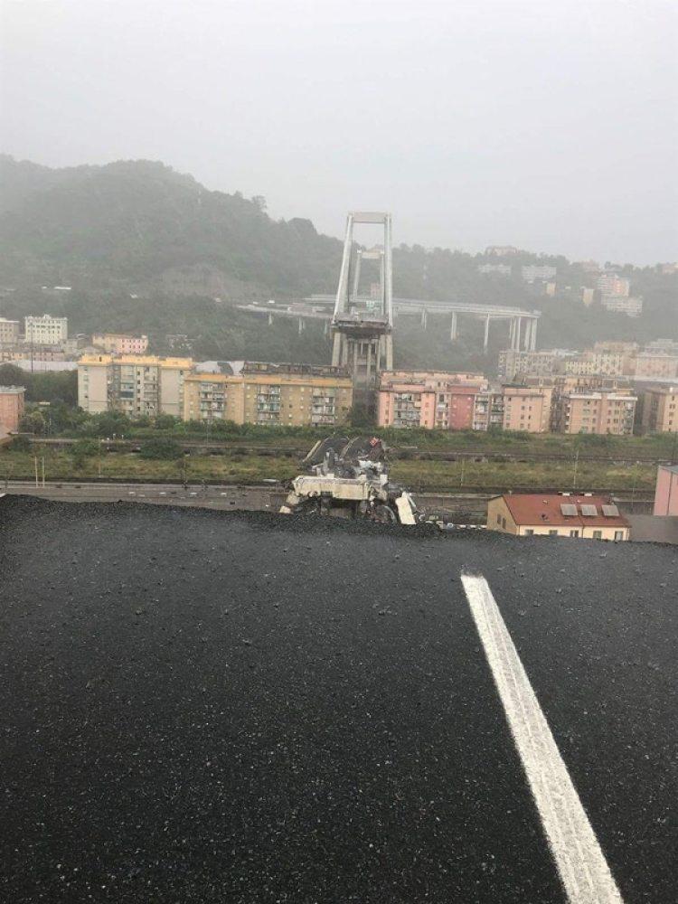 Una imagen impactante del puente