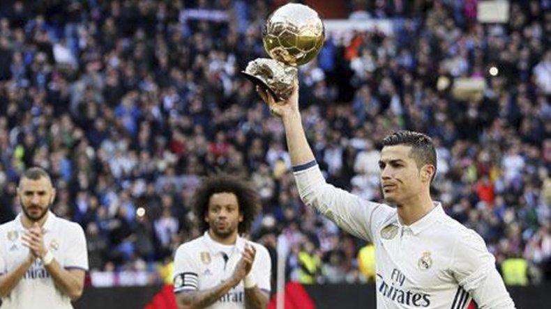 Resultado de imagen para Cristiano es favorito a quedarse con el premio al mejor gol