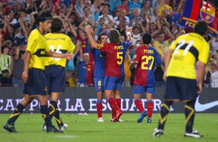 Carles Puyol le daba el empate al Barcelona. Eto'o concretó la victoria sobre el final