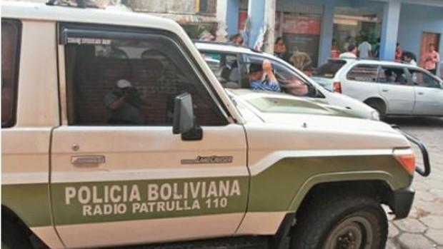 Roban 7.000 bolivianos a una mujer en Bermejo tras apresarla en un vehículo