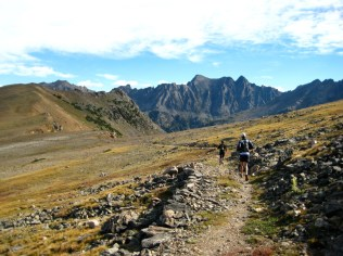 Mile 4: Caribou Pass. Seriously, folks. This is about as good as trail running gets!
