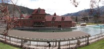 The enormous Glenwood Springs pool. Bliss!