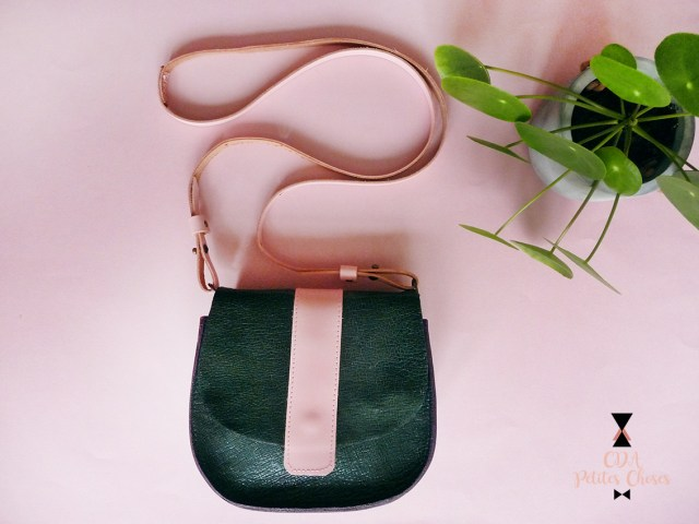 Petit sac en cuir style besace CDA petites Choses