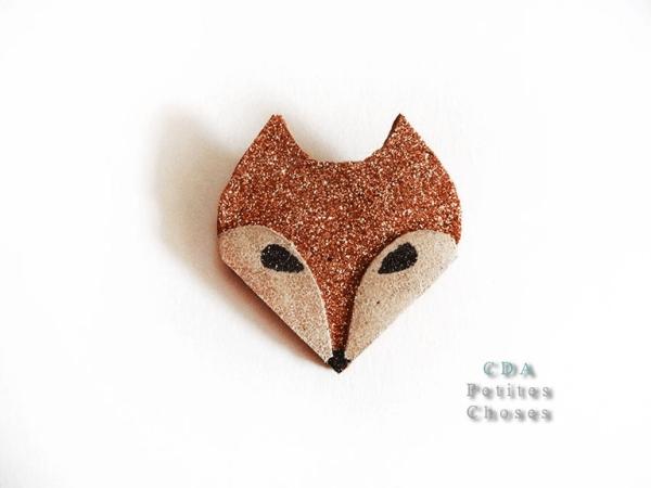 Broche en cuir mon joli renard