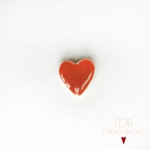 broche-en-porcelaine-coeur CDA Petites Choses