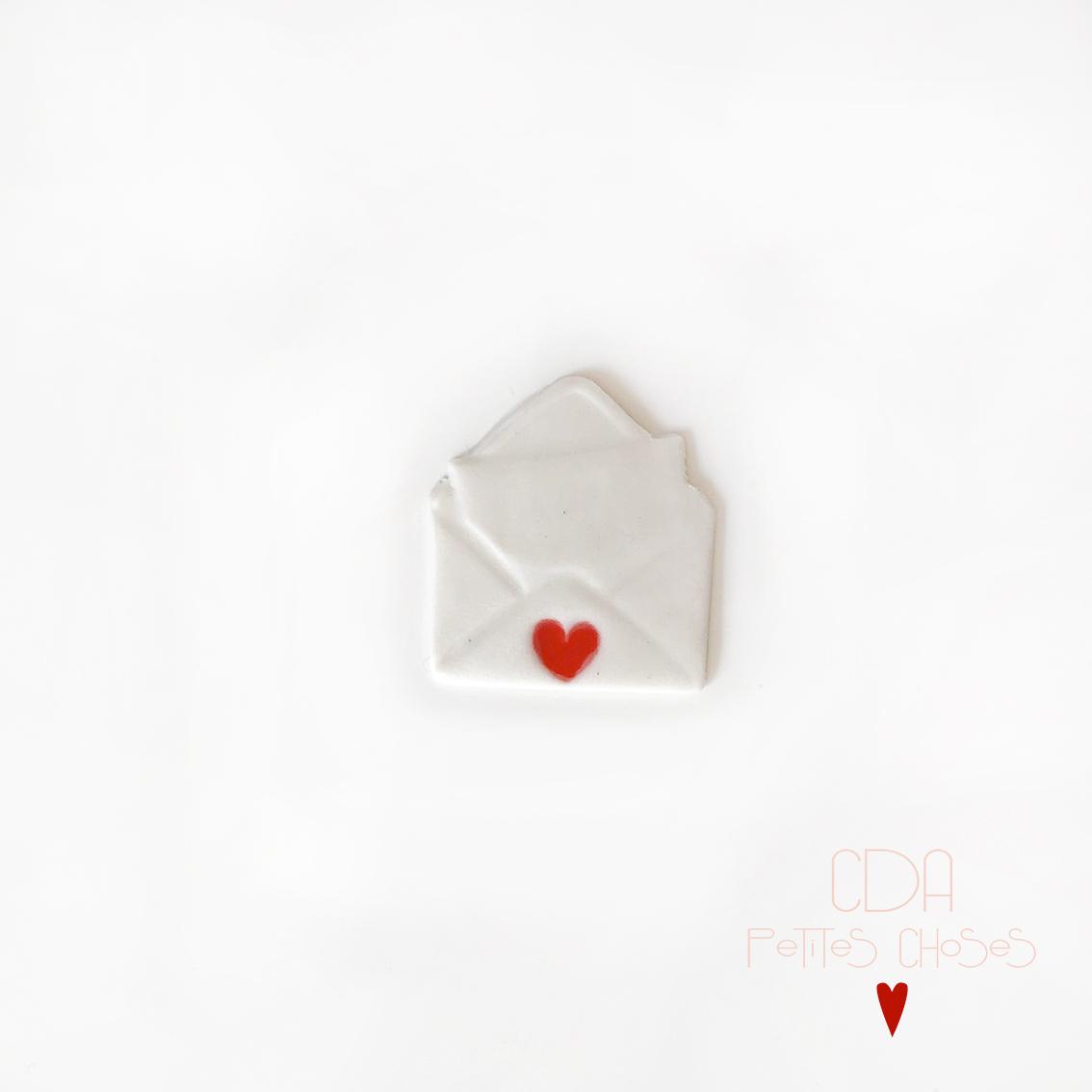 broche en porcelaine-mot-d'amour CDA Petites Choses
