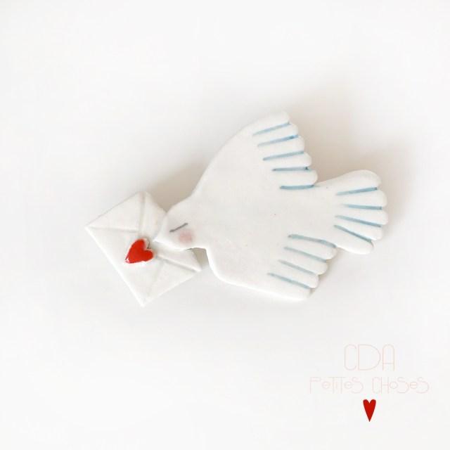 broche en porcelaine oiseau cœur CDA Petites Choses